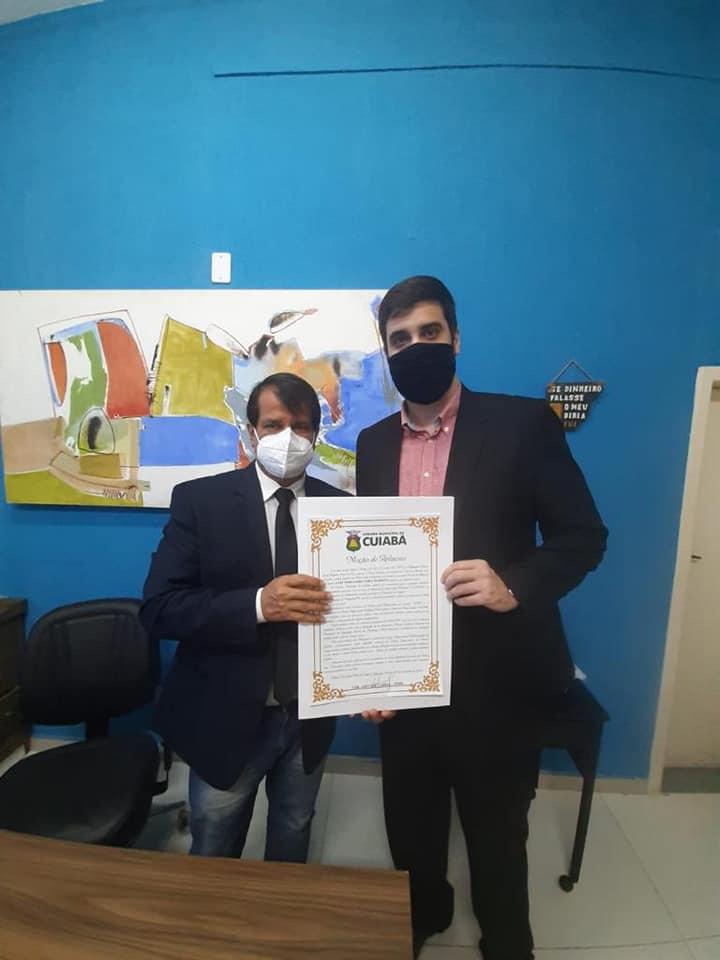 IAssessor jurídico do Sintap/MT recebe moção de aplauso da Câmara de Vereadores de Cuiabá